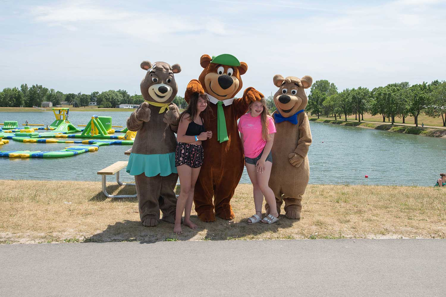rv resort, pictures with the bears, yogi and friends