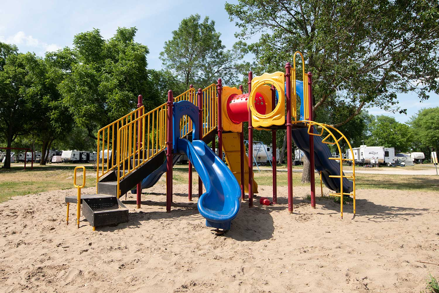 playground, attractions